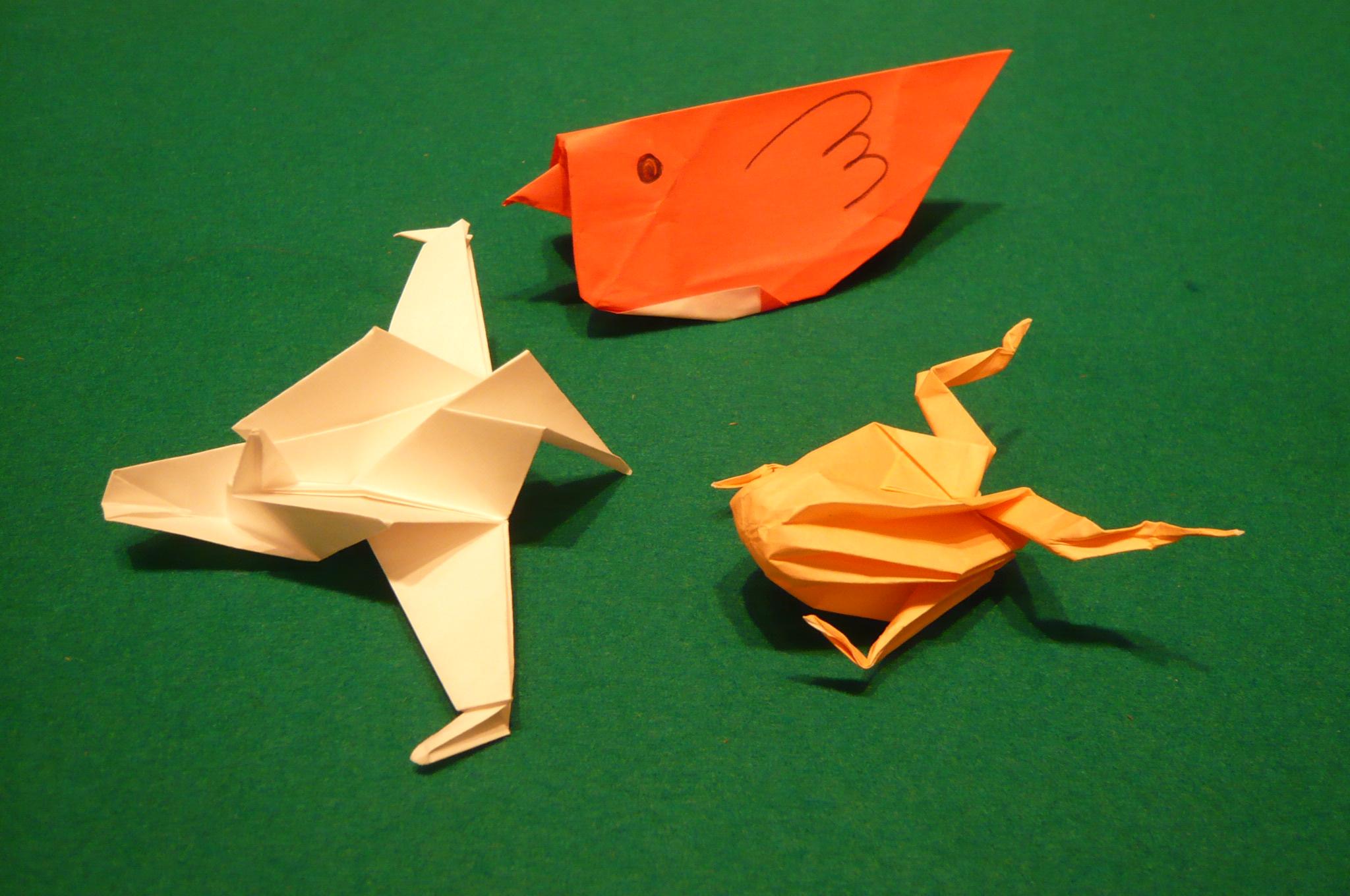 すべての折り紙 大人の折り紙 花 : ... 折り紙、塗り絵、卓球、輪投げ
