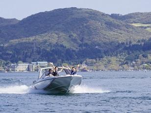 モーターボート.JPG